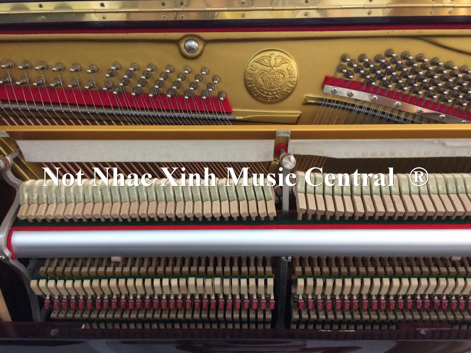 Đàn piano cơ BernStein 127-B