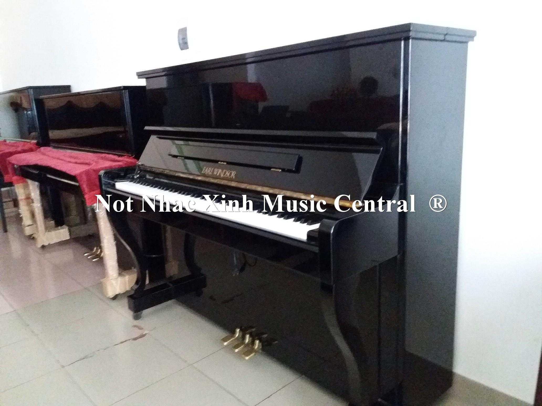 Đàn piano cơ Earl Windsor W-113