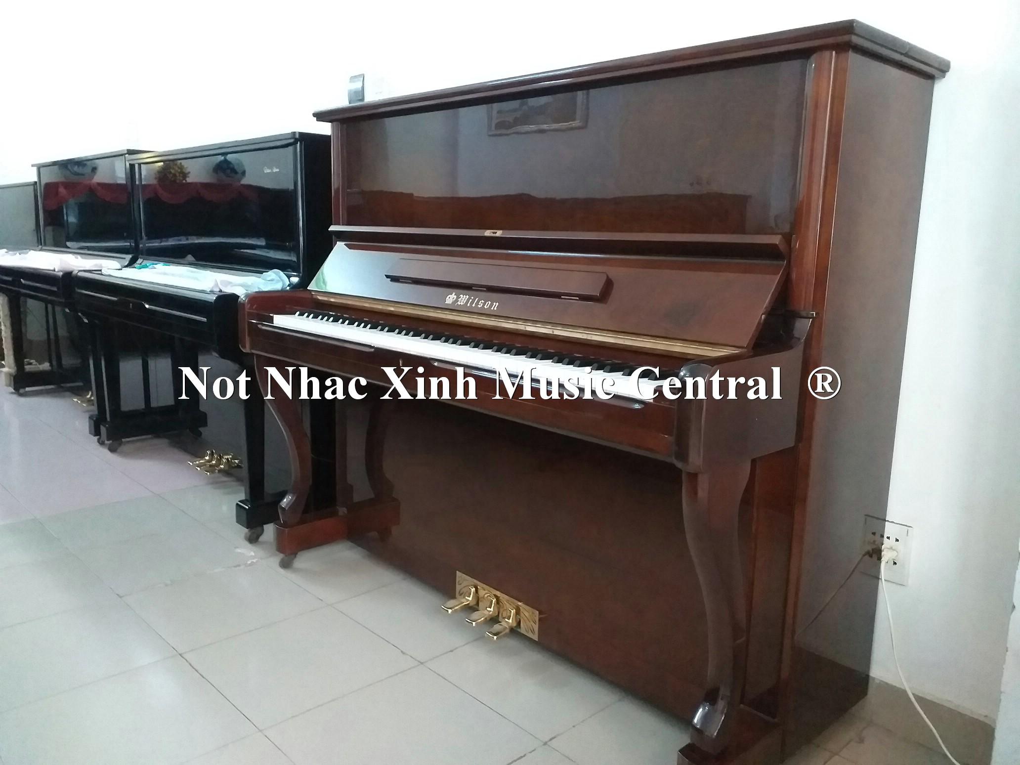 Đàn piano cơ Wilson A300