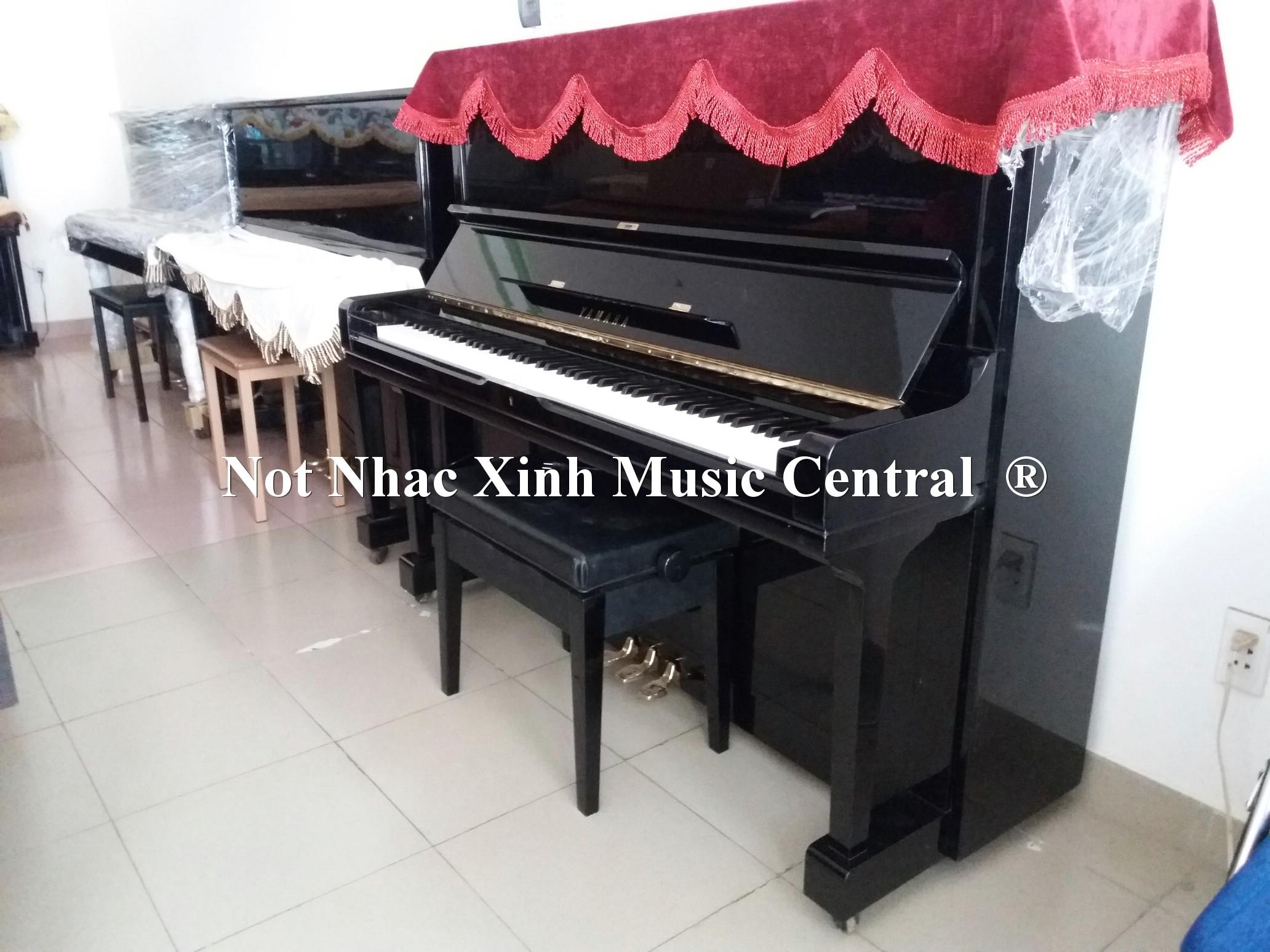 Đàn piano cơ Yamaha U3G