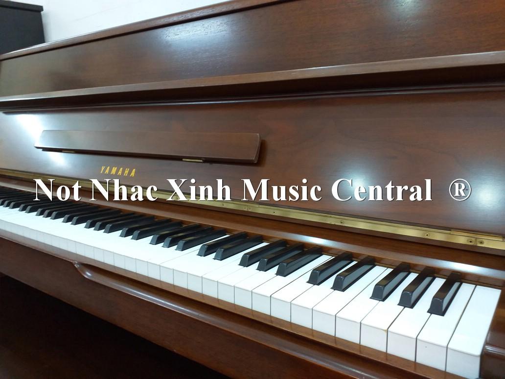 Đàn piano cơ Yamaha M1
