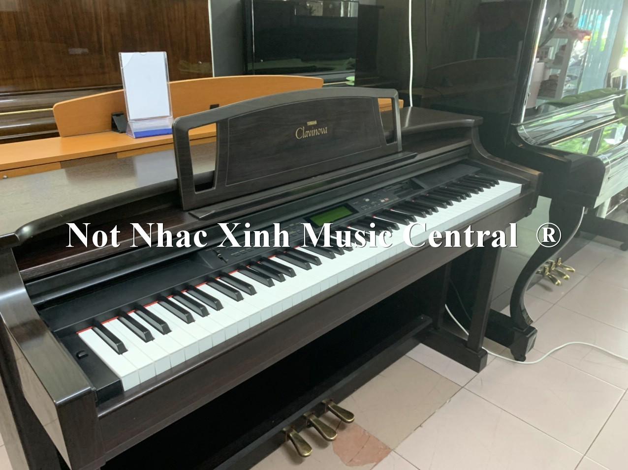Đàn piano điện Yamaha CLP-911