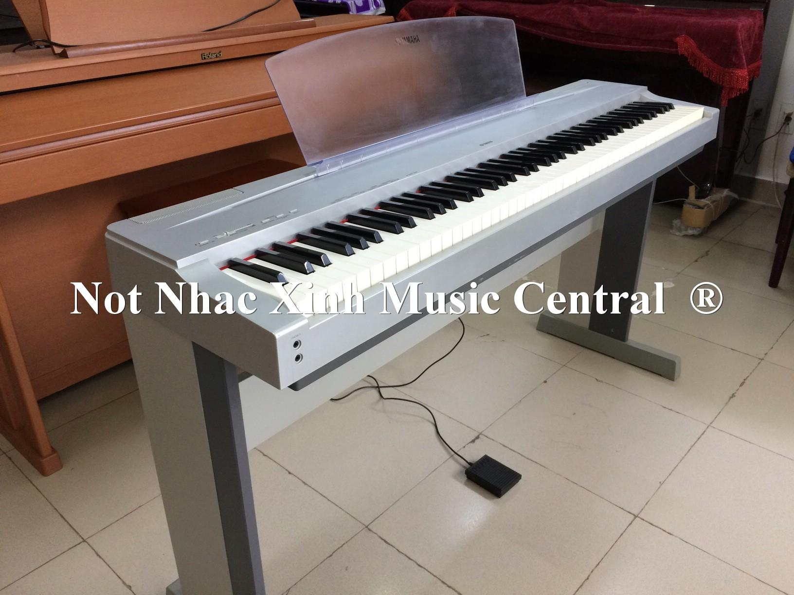 Đàn piano điện tử Yamaha P70S